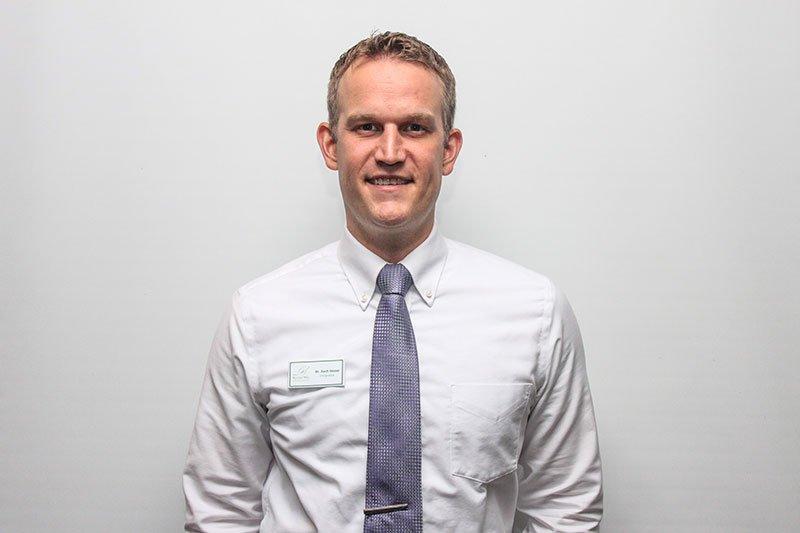 Dr. Zach Hesse headshot